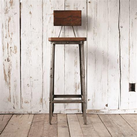 chaise de bar industriel finds mango wood and metal bar stool homegirl