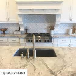 gray and white kitchen ideas best 25 white quartzite ideas only on