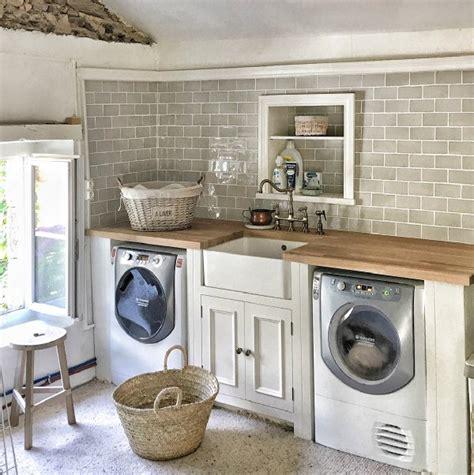 16+ Comely Farmhouse Laundry Room Paint Color Ideas Exterior
