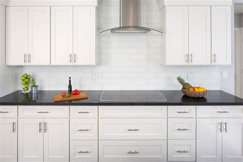 Cooktop & Range Exhaust Hoods in Stainless Steel and
