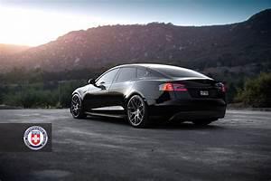 Photo Of The Week  Black Lightning Model S