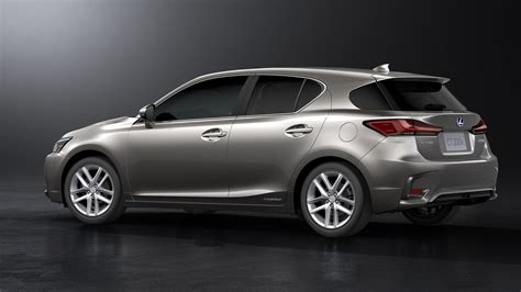 lexus hatchback lexus updates ct 200h one last time autoevolution