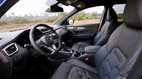 nissan qashqai interior images  car release news