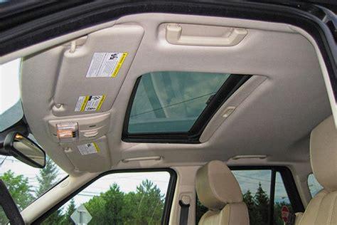 nettoyer tissu siege voiture comment bien nettoyer le ciel de toit de votre voiture