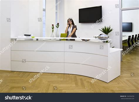 front desk job openings front desk lady doing her job very well and cheerfully