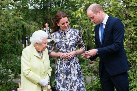 Proud Duchess Cambridge Showed Her Garden