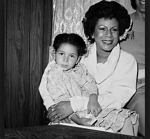 Throwback Thursday: A Young Maya Rudolph with Mom Minnie ...