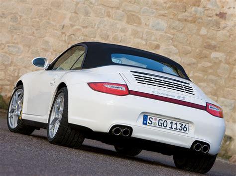 2006 porsche 911 carrera s 4 4s coupe cabriolet sales brochure big 140 page. 911 Carrera 4S Convertible / 997 / 911 Carrera 4S / Porsche / Database / Carlook