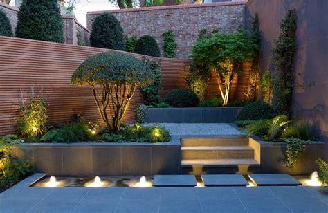 Illuminazione Per Piante Piante Ornamentali Da Giardino Recinzione In Legno E