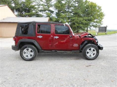crashed jeep wrangler find used 2011 jeep wrangler 4 door 4x4 salvage wrecked