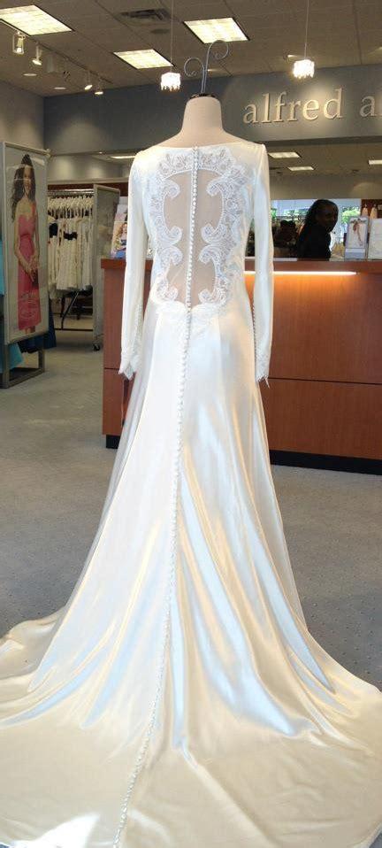 bellas wedding dress breaking dawn   carolina