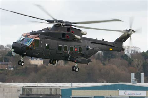 PICTURES: First Italian air force HH-101A breaks cover - 3 ...