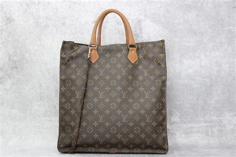 louis vuitton vintage  sac plat tote bag