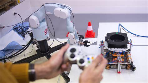 ESA - 2D zero-g testing for space robotics