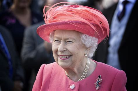 Queen Elizabeth Cancels All 2021 Royal Garden Parties Amid Coronavirus | Observer