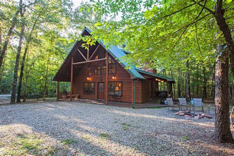 big bear cabin  broken bow  sleeps  hidden