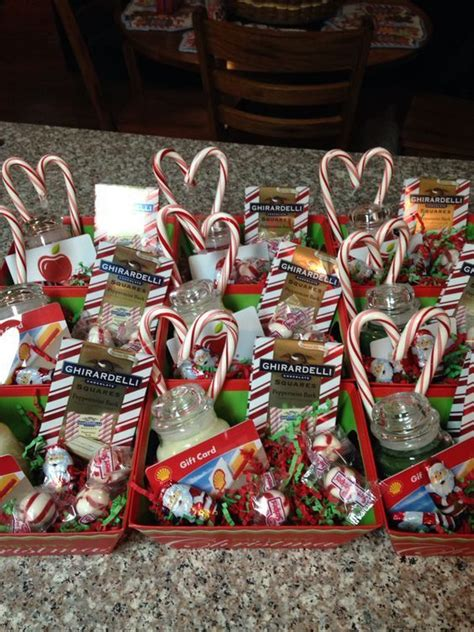 yankee candles candy canes christmas gift ideas