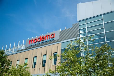 A clinical trial demonstrated that. Moderna picks up FDA vaccine official Wellington Sun ...