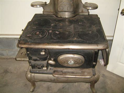 Antique Cook Stove By Columbian Palace