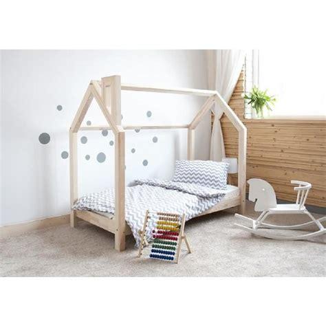 chambre bois et blanc lit cabane bois massif sommier 90x190 achat vente