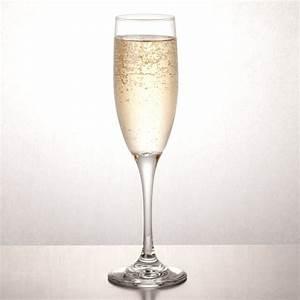 Flute A Champagne : libbey 3796 embassy 6 oz tall flute glass 12 case ~ Teatrodelosmanantiales.com Idées de Décoration