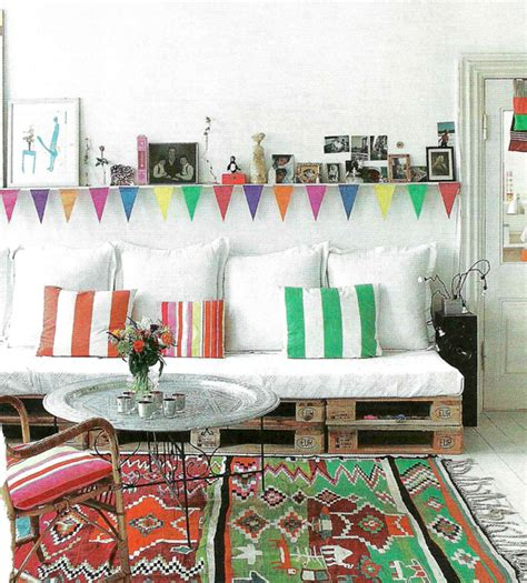 33914 lovely pallet day bed sneak peek livingetc july 2011 bright bazaar by will