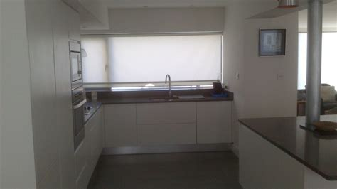 Textured White Clean Lines Handleless Kitchen Design