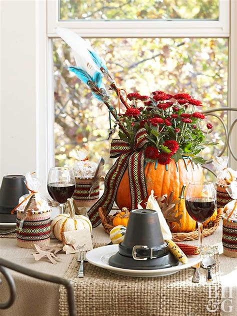 Table Decorating Ideas Candles Apples Autumn Indoor Outdoor Atmosphere 650x325 by Beautiful Thanksgiving Centerpiece Ideas For Your Table