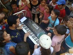 Syria's Piano Man Sings The Stories Of The War   HuffPost