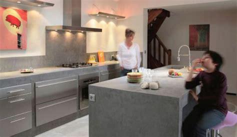 cuisines cuisinella catalogue le béton ciré investit la cuisine côté maison