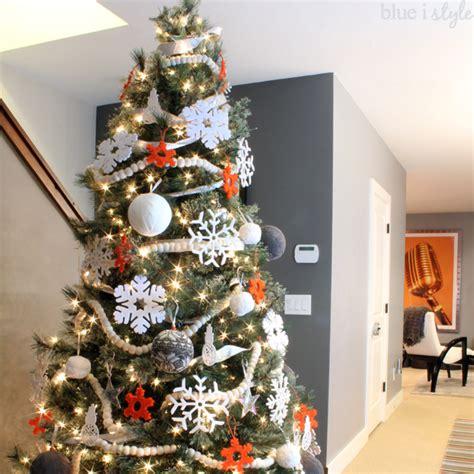 kid friendly christmas tree decorations seasonal style beautifully kid friendly decor blue i style creating an organized