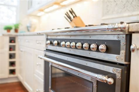 Bertazzoni Backsplash : Bertazzoni Heritage Collection Range
