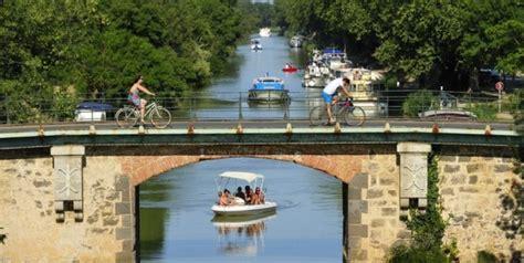 the canal du midi adt 34 h 233 rault tourisme