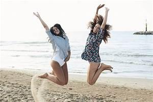 30 Best Friend Picture Ideas You Haven't Tried | Shutterfly