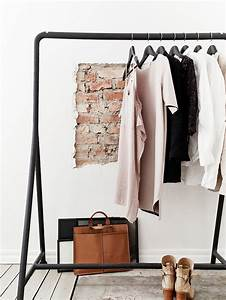 Petit Portant Vetement : chambre avec dressing exposez votre collection de mode ~ Nature-et-papiers.com Idées de Décoration