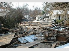 FicheiroDamage and destruction to houses in Biloxi