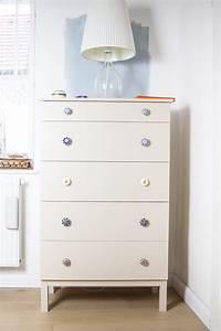 Ikea Tarva Kommode : die besten 25 kommode neu gestalten ideen auf pinterest ikea tisch na zelle badezimmer und ~ Orissabook.com Haus und Dekorationen
