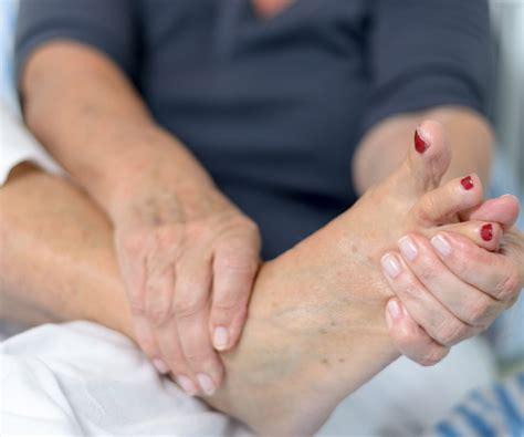 Symptoms of Diabetic Foot Problems