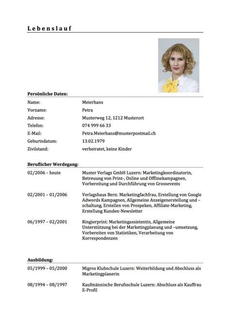 Lebenslauf Vorlage by Lebenslauf Vorlage Tabellarischer Cv Schweiz Vorlage