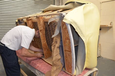 settee repairs exles pictures of damaged leather furniture that can be