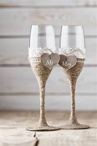 Flûtes à Champagne Originales : wedding toasting glasses rustic toasting flutes wedding ~ Teatrodelosmanantiales.com Idées de Décoration