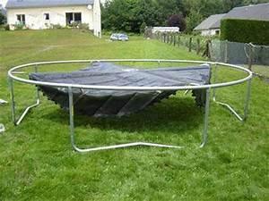 Prix D Un Trampoline : le montage d 39 un trampoline trampoline trampofun ~ Dailycaller-alerts.com Idées de Décoration