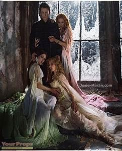 Richard Roxburgh as Count Dracula,Josie Maran as Marishka ...
