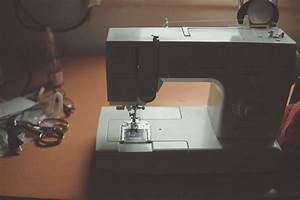 These 2 Things May Make Your Sewing Machine Noisy