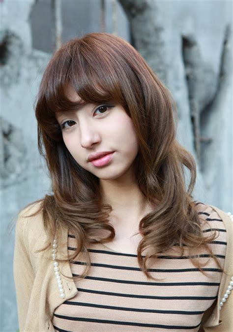 beautiful long wavy hairstyle  asian girls ladies