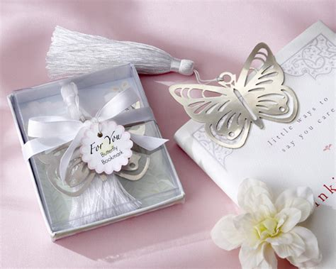 awesome wedding gifts unique personalized wedding gifts wedwebtalks