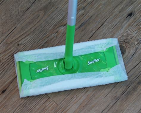 Swiffer Hardwood Floor Vacuum by Cleaning The Right Way With Swiffer Febreze