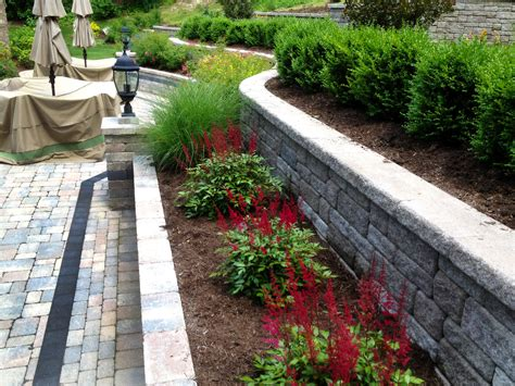 retaining wall plants pictures retaining wall contractors autumn leaf
