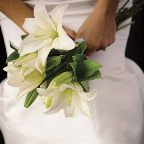 wedding lillies 17 best images about oriental lily wedding white casablanca on pinterest blue orchid bouquet