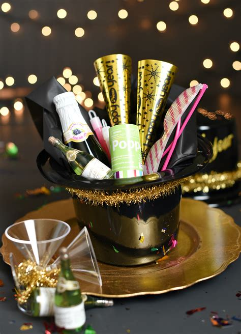 Simple New Year's Eve Party Favors Funsquared